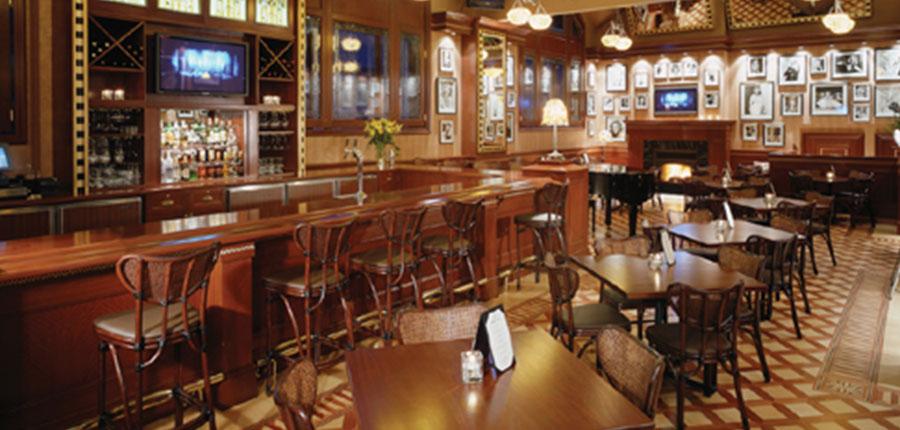 canada_big-3-ski-area_banff_rimrock_hotel_divas-lounge.jpg